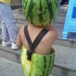 Bebeluși cu pepene verde