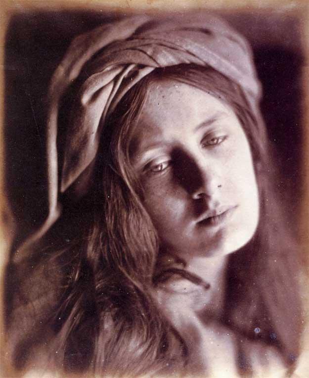 Julia-Margaret-Cameron-4