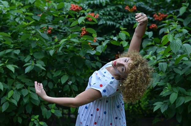 Dancing Bucharest - Silva Helena Schmidt