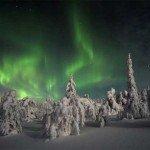 Un iglu cu vedere spre aurora boreala, va rog!