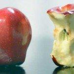 """Cum se mănâncă un măr """"în mod corect"""""""