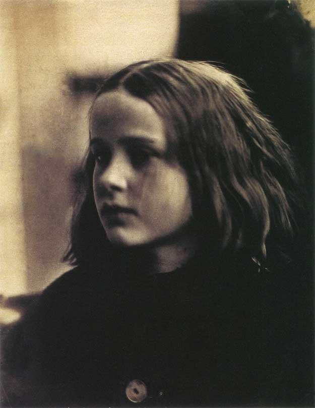 Julia-Margaret-Cameron-1