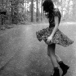 Dans în ploaie