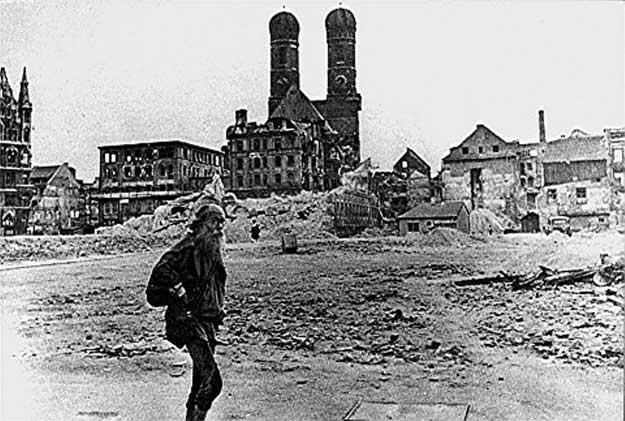 Graeser-Marienhof-1945