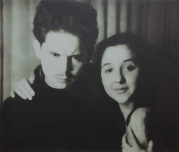 Nicolae Labiș și sora sa, Margareta.
