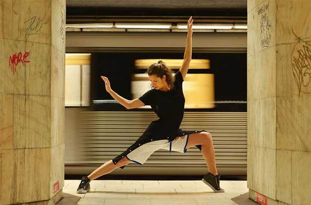 Dancing Bucharest - dansatoare: Ioana Macarie.