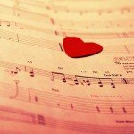 Când vocile mor, muzica…