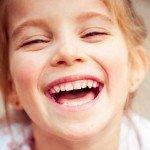 Hai, zâmbește!