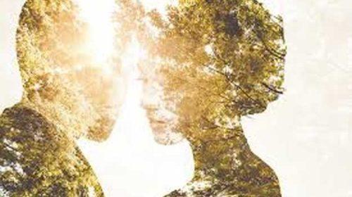 El și ea, atât de simpli: când unul îl salvează pe celălalt
