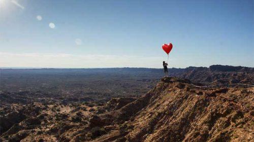 Câtă iubire încape într-un suflet?