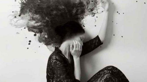 Din fericire, lacrimile-ţi sunt mai lungi decât părul
